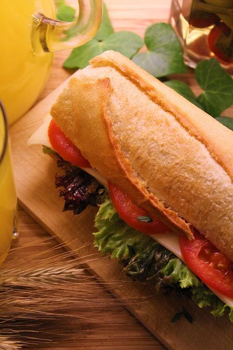 bánh mì kẹp rau củ