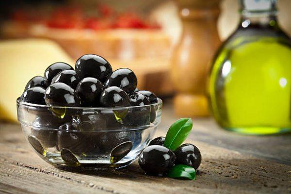 black olive in oil