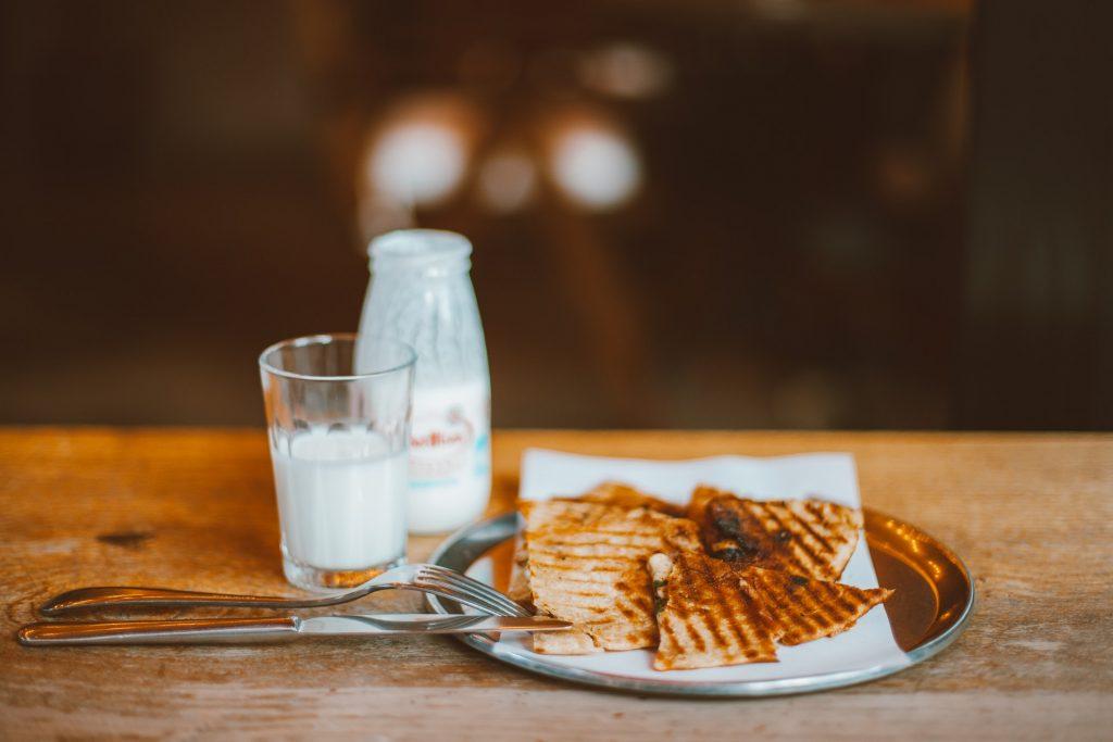 Milk and toasts